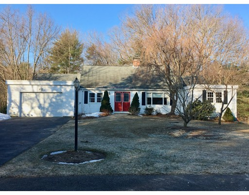 22 Hatters Hill Road, Medfield, MA 02052