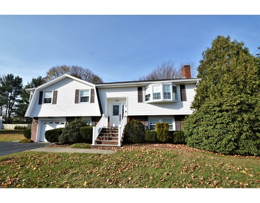 Quimby Ave, Woburn, MA 01801