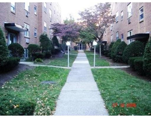 55 Colborne Rd, Boston, MA 02135
