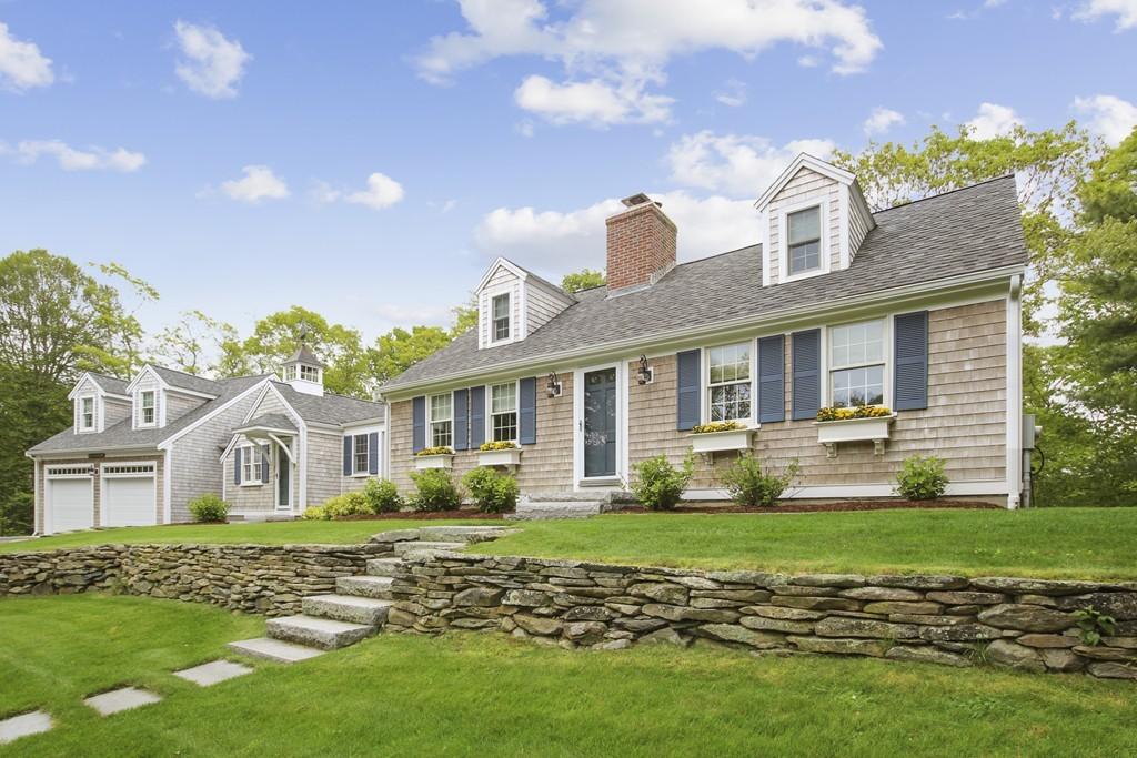 418 Sippewissett Road, Falmouth, Massachusetts
