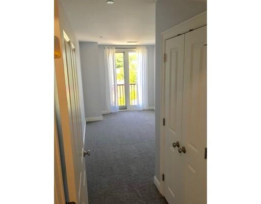 Picture 9 of 327 Centre St Unit 305 Boston Ma 2 Bedroom Condo