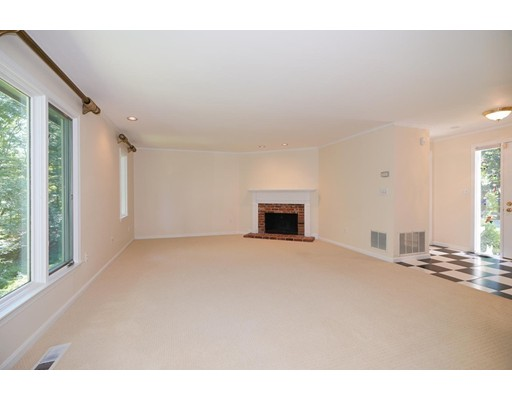 Picture 3 of 17 Steepletree Ln Unit 17 Wayland Ma 2 Bedroom Condo