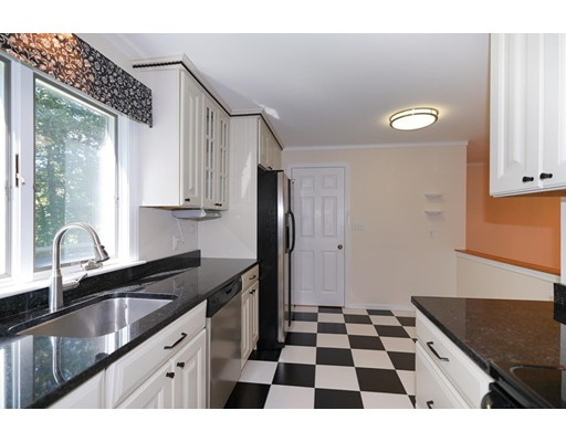Picture 7 of 17 Steepletree Ln Unit 17 Wayland Ma 2 Bedroom Condo