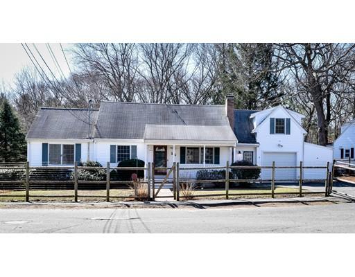 16 Oakridge Ave, Natick, MA 01760