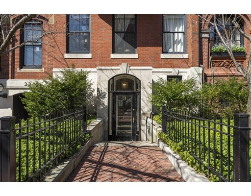 Brimmer Street, Boston, MA 02108