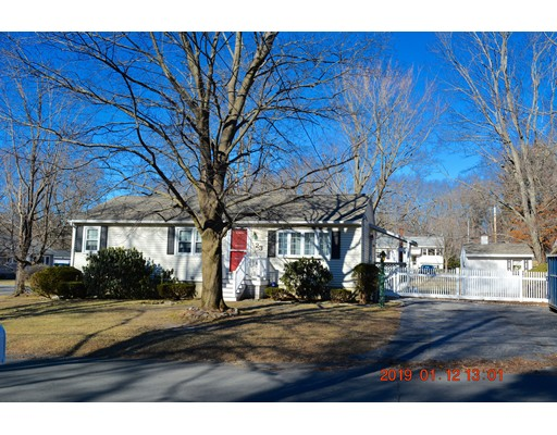 Picture 2 of 23 Oakcrest Circle  Methuen Ma 3 Bedroom Single Family
