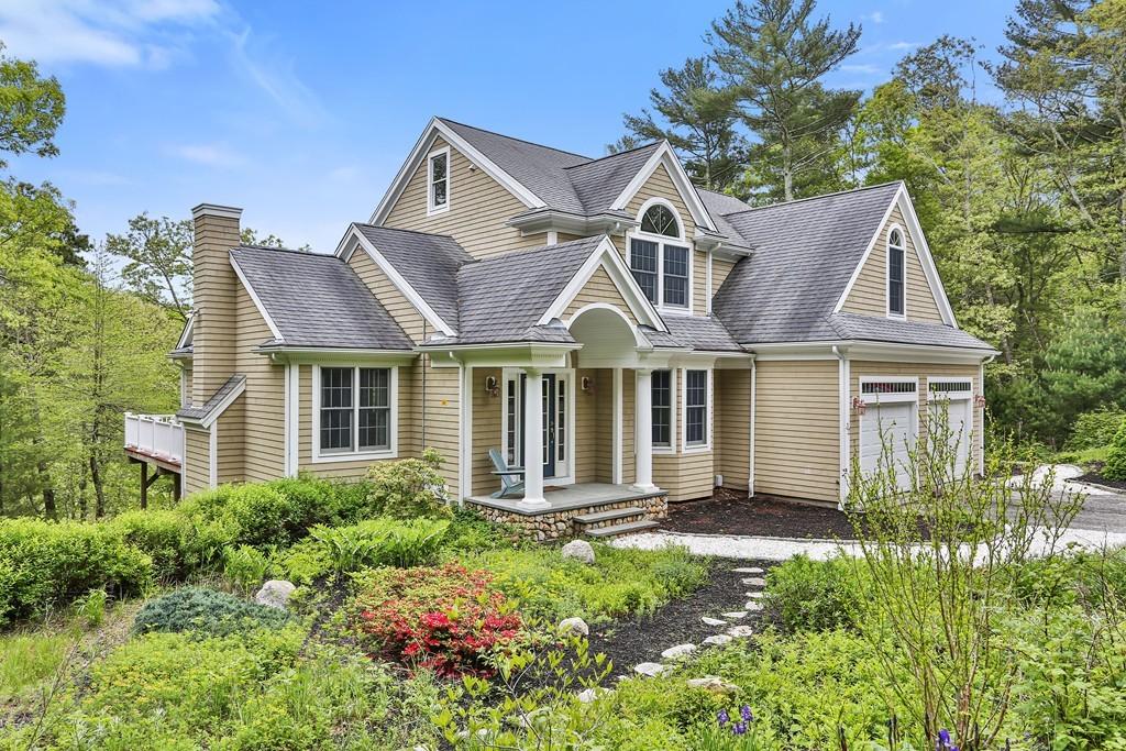 32 Popponesset Ave, Mashpee, Massachusetts