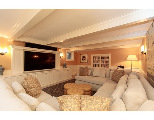 165 Cliff Rd, Wellesley, MA Photo #22