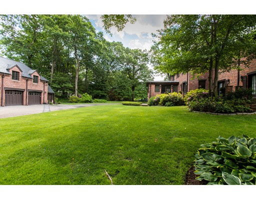 165 Cliff Rd, Wellesley, MA Photo #28