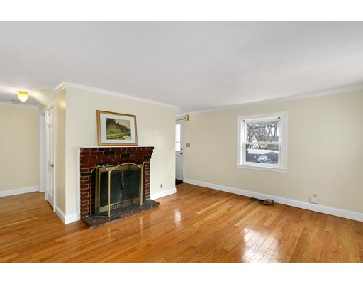 Picture 3 of 6 Centre St  Natick Ma 4 Bedroom Single Family