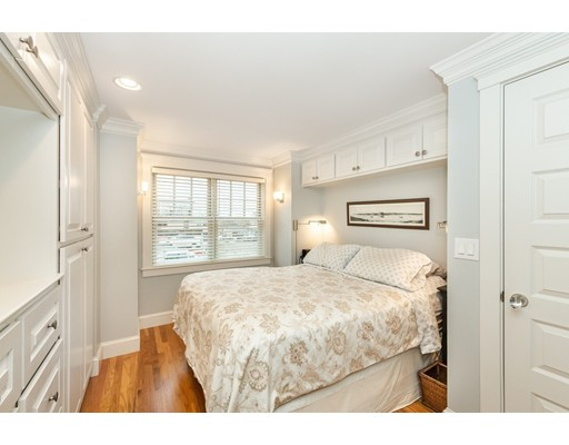 Picture 6 of 3 4th St  Newbury Ma 2 Bedroom Single Family