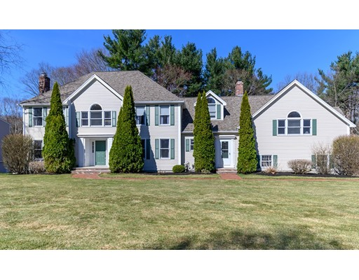 Picture 1 of 17 Avery Ln  Andover Ma  4 Bedroom Single Family