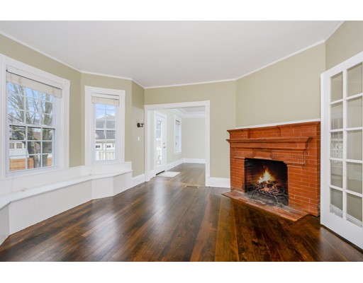 Picture 3 of 62 Church St  Concord Ma 4 Bedroom Single Family