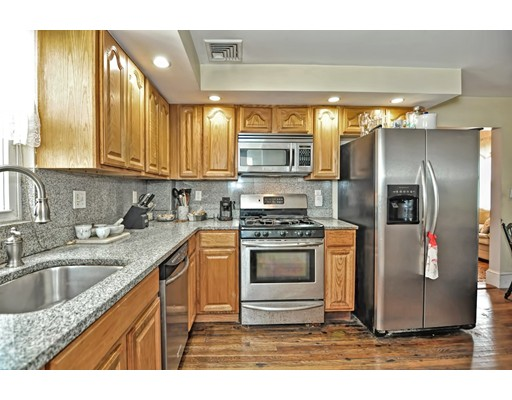 Picture 2 of 5 Hinckley St Unit 2 Somerville Ma 2 Bedroom Condo