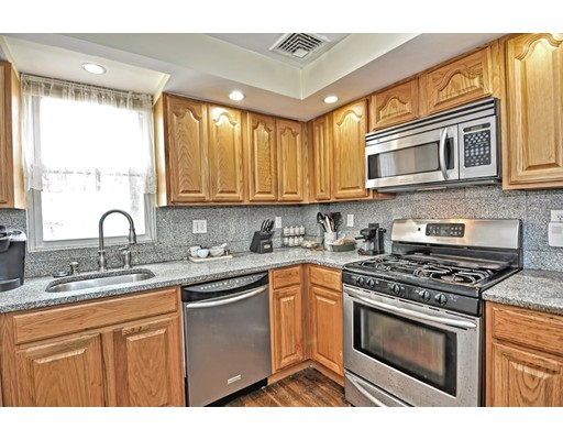 Picture 3 of 5 Hinckley St Unit 2 Somerville Ma 2 Bedroom Condo
