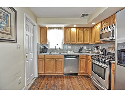 Picture 5 of 5 Hinckley St Unit 2 Somerville Ma 2 Bedroom Condo