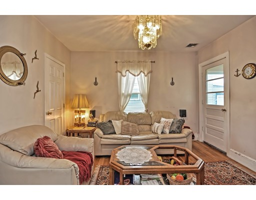 Picture 12 of 5 Hinckley St Unit 2 Somerville Ma 2 Bedroom Condo