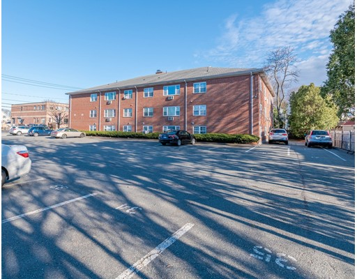 Picture 8 of 924 Main St Unit 15 Woburn Ma 1 Bedroom Condo