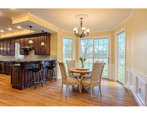 Picture 4 of 70 Monsen Rd  Concord Ma 4 Bedroom Single Family