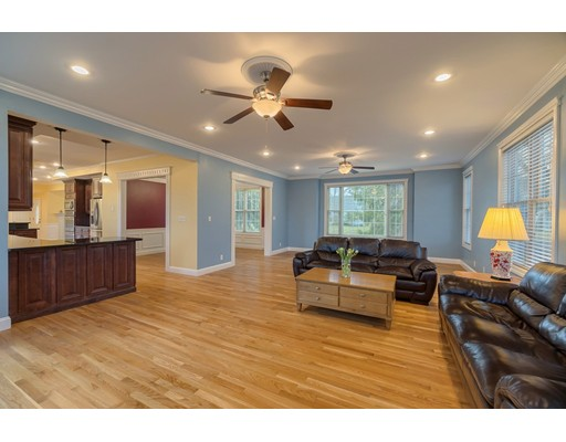 Picture 10 of 70 Monsen Rd  Concord Ma 4 Bedroom Single Family
