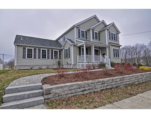 Picture 3 of 38 Pleasant St  Stoneham Ma 4 Bedroom Single Family