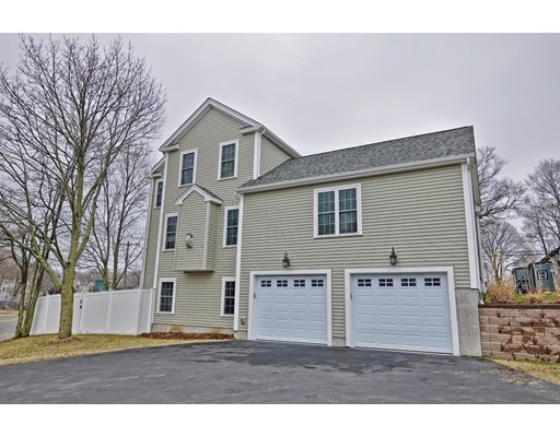 Picture 2 of 38 Pleasant St  Stoneham Ma 4 Bedroom Single Family