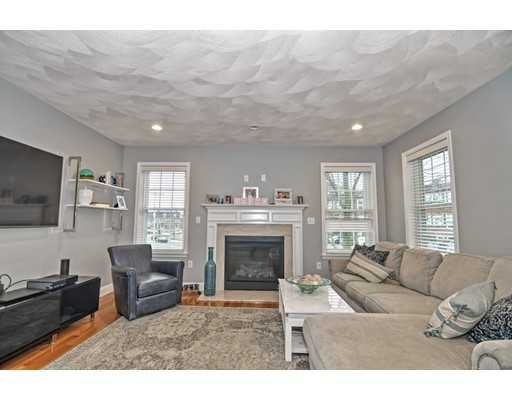 Picture 9 of 38 Pleasant St  Stoneham Ma 4 Bedroom Single Family