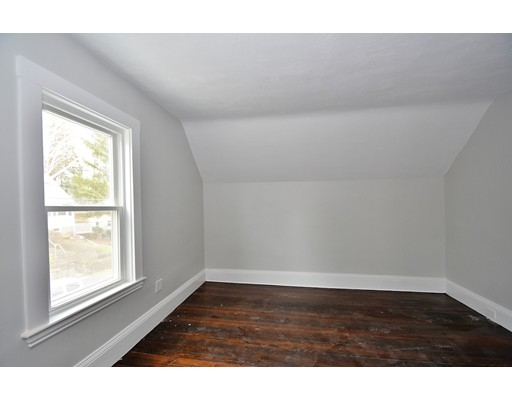 Picture 9 of 44 Charles St  Watertown Ma 3 Bedroom Single Family