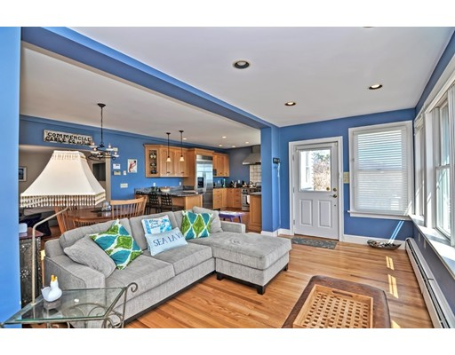 Picture 4 of 115 Penzance Rd  Rockport Ma 3 Bedroom Single Family