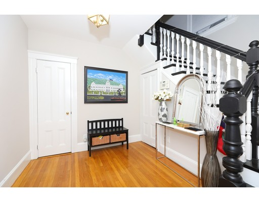 Picture 7 of 89 Blue Hills Pkwy  Milton Ma 4 Bedroom Single Family