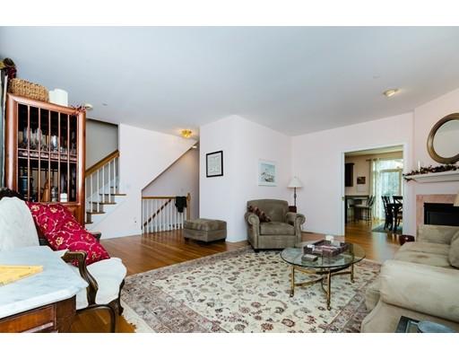 Picture 8 of 931 Lagrange St Unit 931 Boston Ma 3 Bedroom Condo