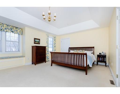 Picture 10 of 931 Lagrange St Unit 931 Boston Ma 3 Bedroom Condo