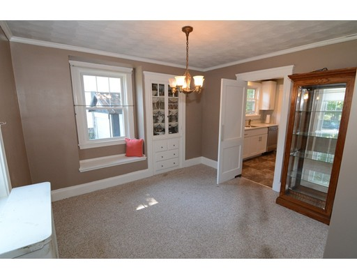 Picture 9 of 295 Upham St  Melrose Ma 3 Bedroom Single Family