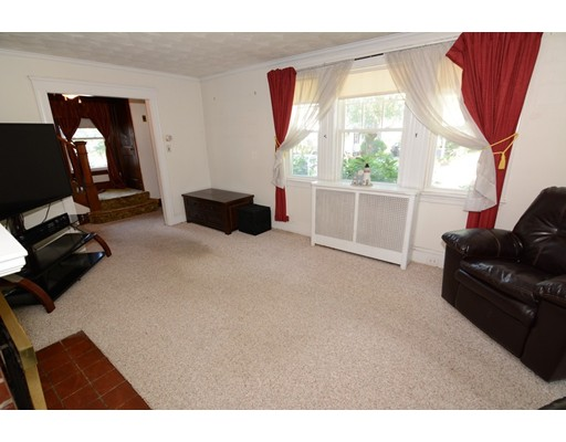 Picture 11 of 295 Upham St  Melrose Ma 3 Bedroom Single Family