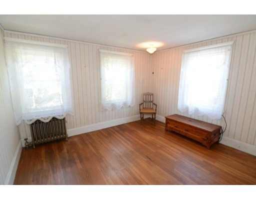 Picture 12 of 295 Upham St  Melrose Ma 3 Bedroom Single Family