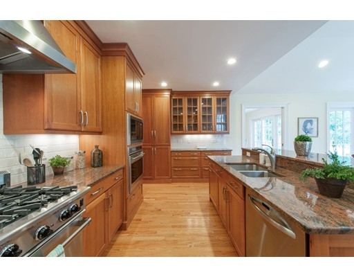 Picture 4 of 12 Ridgehurst Circle Unit 12 Weston Ma 3 Bedroom Condo