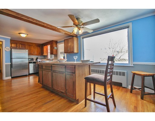 Picture 4 of 12 Thorndike Rd  Wakefield Ma 4 Bedroom Single Family