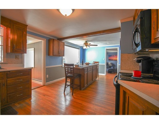 Picture 6 of 12 Thorndike Rd  Wakefield Ma 4 Bedroom Single Family