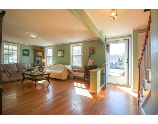 Picture 7 of 12 Thorndike Rd  Wakefield Ma 4 Bedroom Single Family
