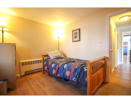 Picture 13 of 12 Thorndike Rd  Wakefield Ma 4 Bedroom Single Family