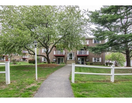 Picture 3 of 2 Brown Ave Unit 52 Amesbury Ma 1 Bedroom Condo