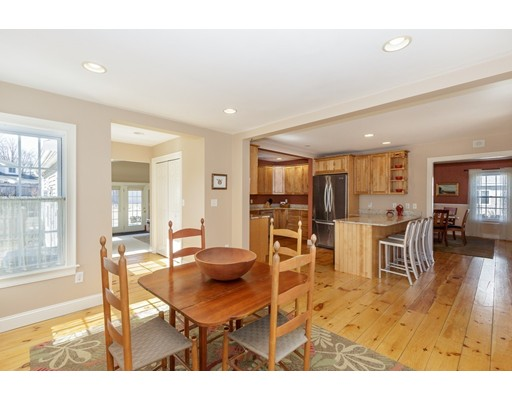 Picture 11 of 10 Harrison St  Newburyport Ma 3 Bedroom Single Family
