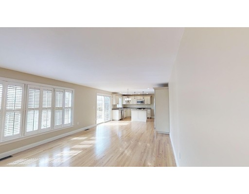 Picture 6 of 12 Jills Way  Peabody Ma 4 Bedroom Single Family