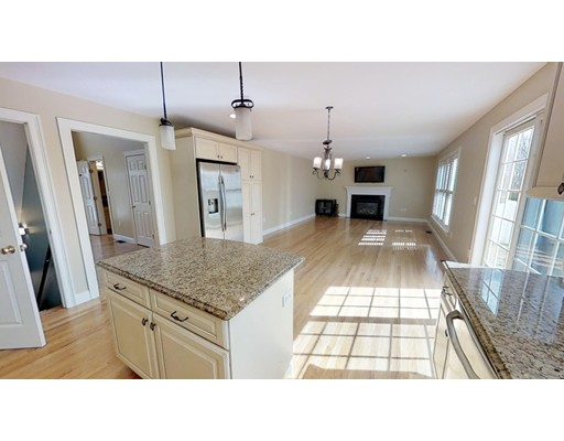 Picture 8 of 12 Jills Way  Peabody Ma 4 Bedroom Single Family