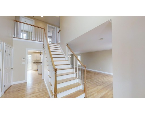 Picture 10 of 12 Jills Way  Peabody Ma 4 Bedroom Single Family