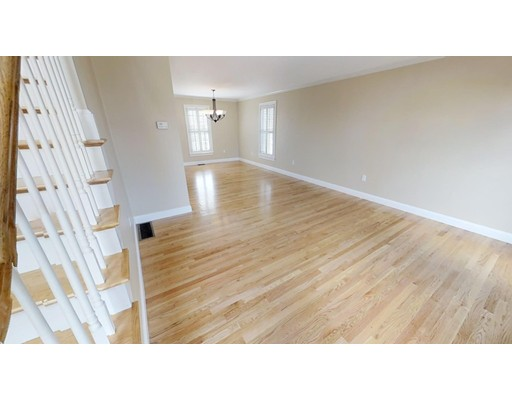 Picture 11 of 12 Jills Way  Peabody Ma 4 Bedroom Single Family