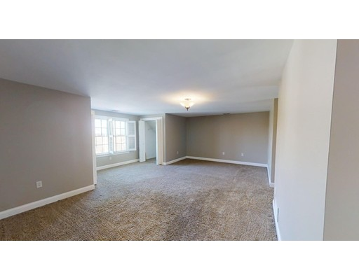 Picture 13 of 12 Jills Way  Peabody Ma 4 Bedroom Single Family