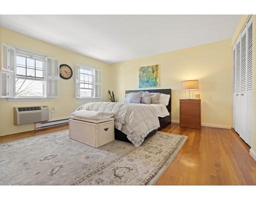 Picture 10 of 50 Lake Unit B Winchester Ma 2 Bedroom Condo