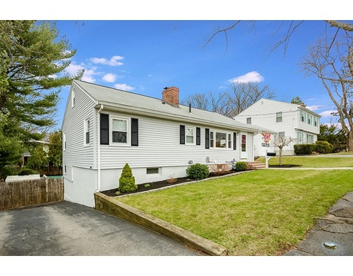 Picture 2 of 21 Beverly Ave  Marblehead Ma 3 Bedroom Single Family