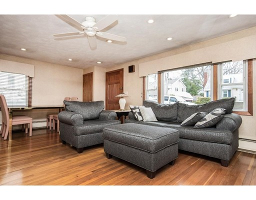 Picture 6 of 21 Beverly Ave  Marblehead Ma 3 Bedroom Single Family
